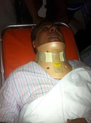 Noomane Fehri, souffre d'une fracture de la colonne vertébrale, 29-07-13, hôpital Charles Nicole-Tunis, (photo - Farouk Mezghich)