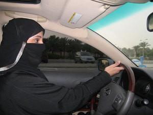 Saoudienne au volant (photo - blogspot.com)