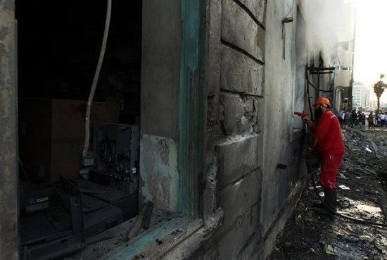 Le siège d'Ansar Achariaa à Benghazi ciblé par un drone (crédit photo AFP)