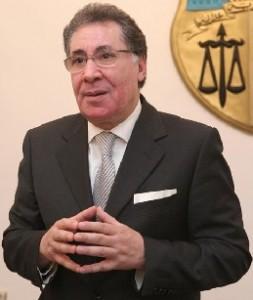 Ali Salah Ben Hadid, avocat qui a lancé le premier une action pour récupérer l'argent public détourné de la Tunisie