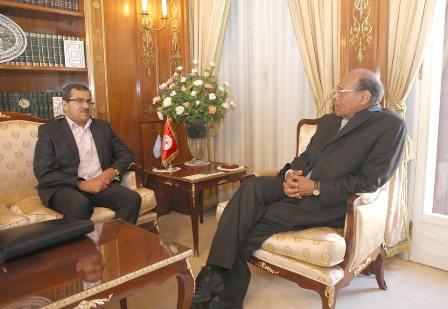 Le Président de la République Moncef Marzouki et l'ambassadeur de la Tunisie en Libye Riadha Boukadi