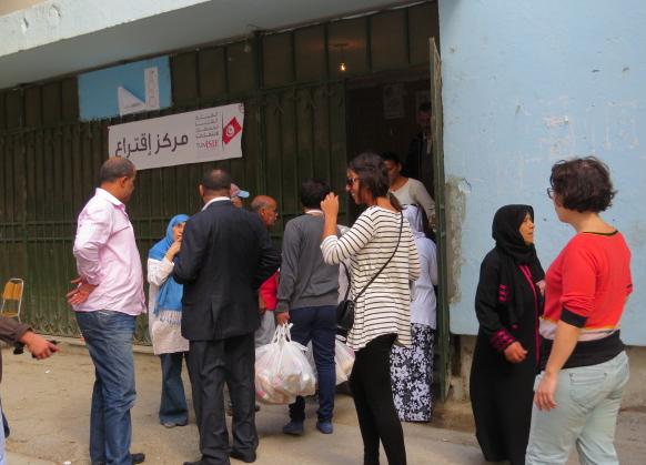 Bureau de vote à Hafsia Tunis; 26 octobre 2014. Lilia Weslaty