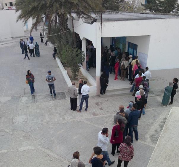 Les Tunisiens votent. Riadh Al Andalos. Ariana. 26 oct 2014. Crédit photo : Noomen Daoued, observateur de Mourakiboun