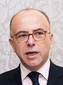 ministre interieur français bernard cazeneuve