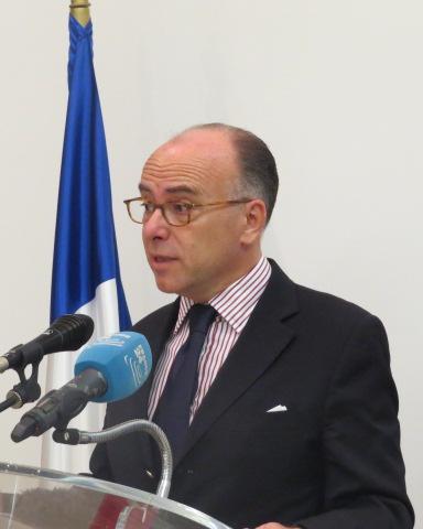 En visite en tunisie le ministre de l 39 int rieur fran ais for Ministre interieur
