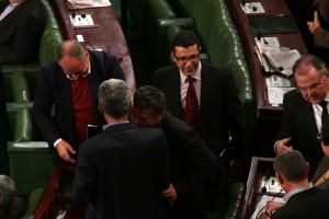 Mongi Rahoui félicité après le vote pour la présidence de la commission des finances à l'ARP   Khaled Nasraoui