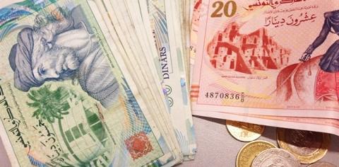 une baisse historique du dinar tunisien face l 39 euro et au dollar. Black Bedroom Furniture Sets. Home Design Ideas