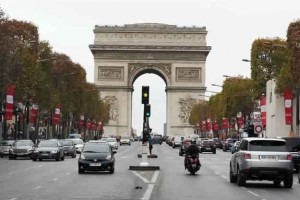 Fusillade-pres-des-Champs-Elysees-a-Paris