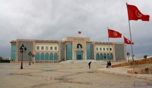 palast-d-tunesischen-praesidenten-am-place-de-la-kasbah-et-lhotel-de-ville-de-tunis-in-la-goulette-27c18292-6176-4476-9b46-4beabb3a09da