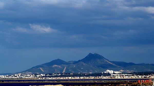 Djebel Bou Kornine - (Crédits à Habib M'henni / Wikimedia Commons)