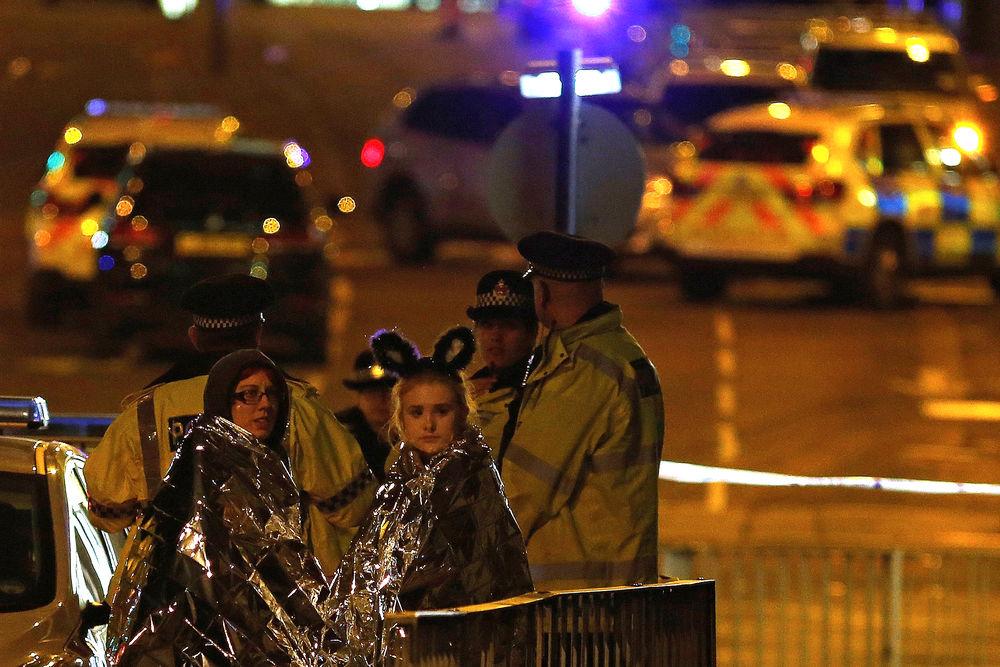 Un kamikaze d'origine libyenne, 22 morts, l'EI revendique — Attentat Manchester