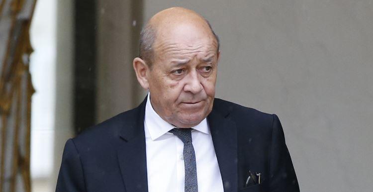 Le ministre fran ais jean yves le drian en visite for Ministre francais