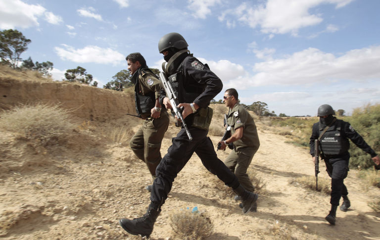 Deux terroristes abattus par la garde nationale — Kasserine