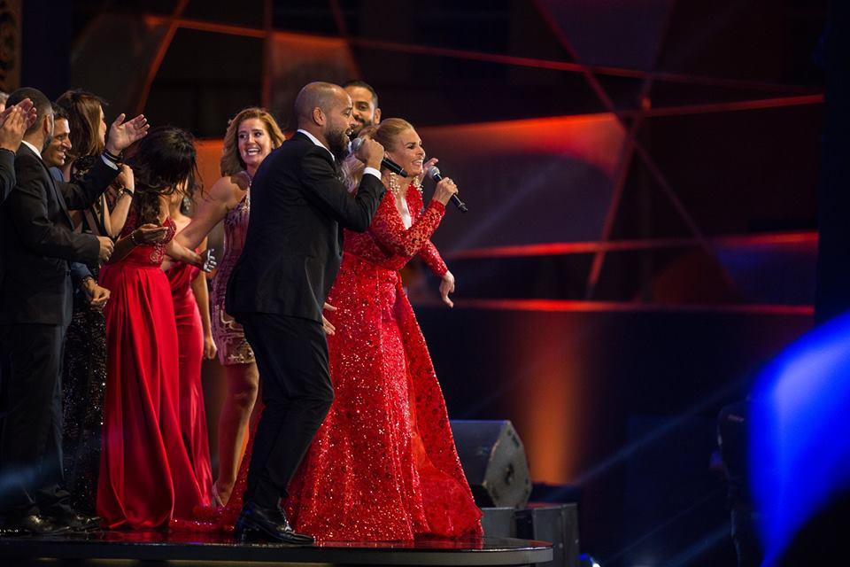 Cérémonie de clôture du GFF - Abu, Youssra er d'autres stars égyptiennes chantent 3 Daqat