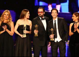Nicolas Cage, Hilary Swank et Adrien Brody, avec Youssra et Nelly Karim à la cérémonie de clôture du CIFF