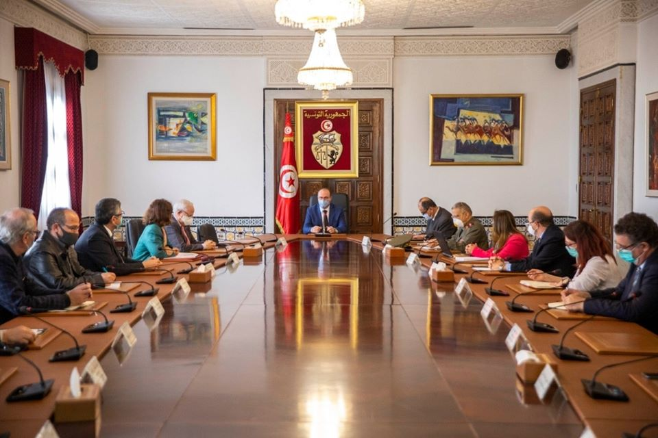 Tunisie : Le confinement ciblé au centre d'une réunion du comité scientifique