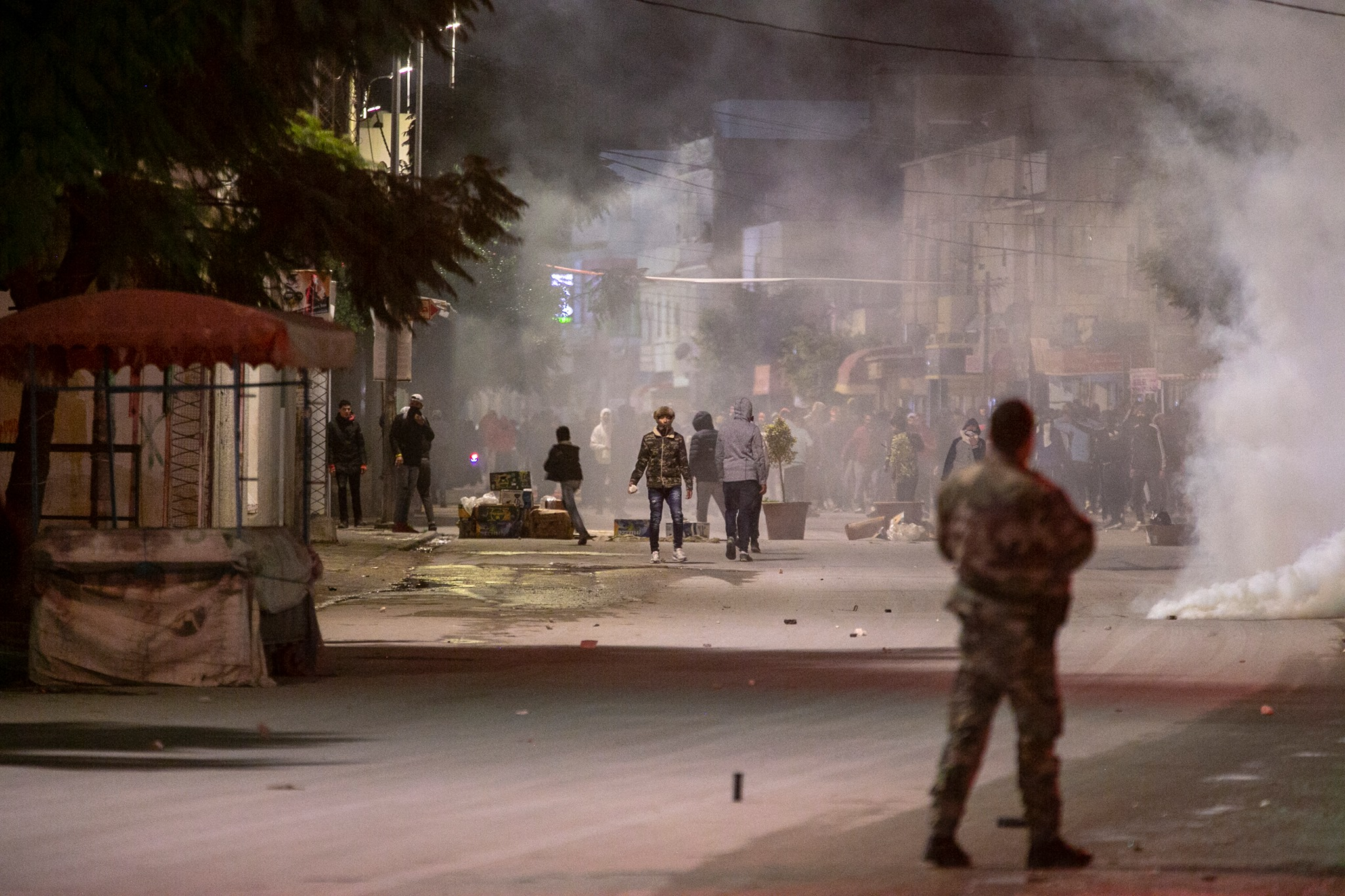 632 arrestations opérées dimanche, selon le ministère de l'Intérieur — Violences nocturnes